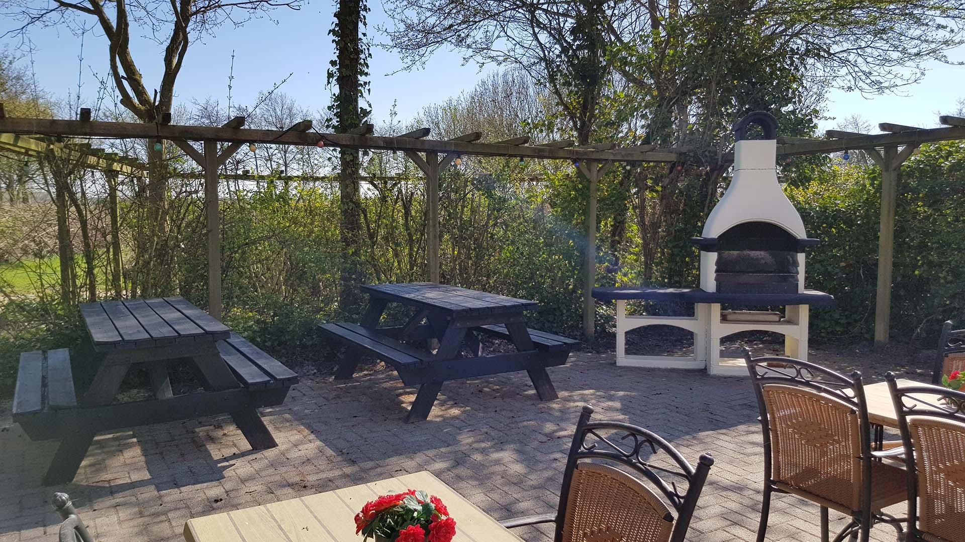 barbecue B&B Plompetorenzicht Schouwen-Duiveland