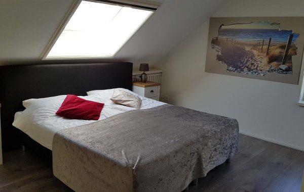 Tweepersoonskamer met uitzicht op tuin (kamer 1)