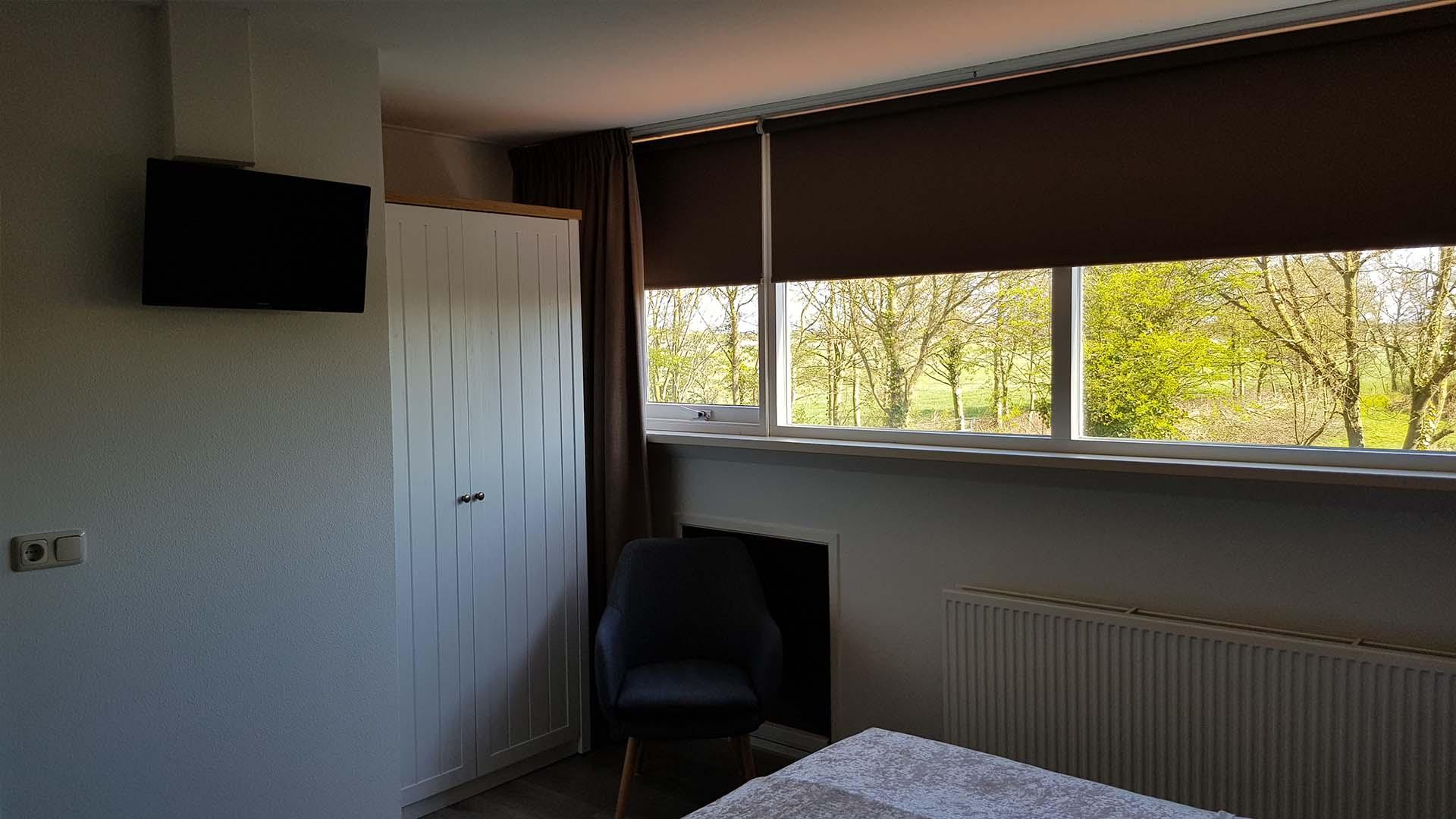 kamer 4 televisie B&B Plompetorenzicht Schouwen-Duiveland Zeeland